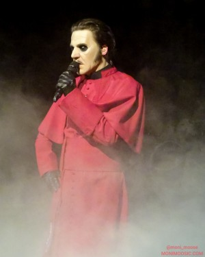 Ghost_RoyalAlbertHall_10.jpg